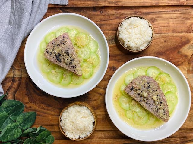 yum tuna with rice