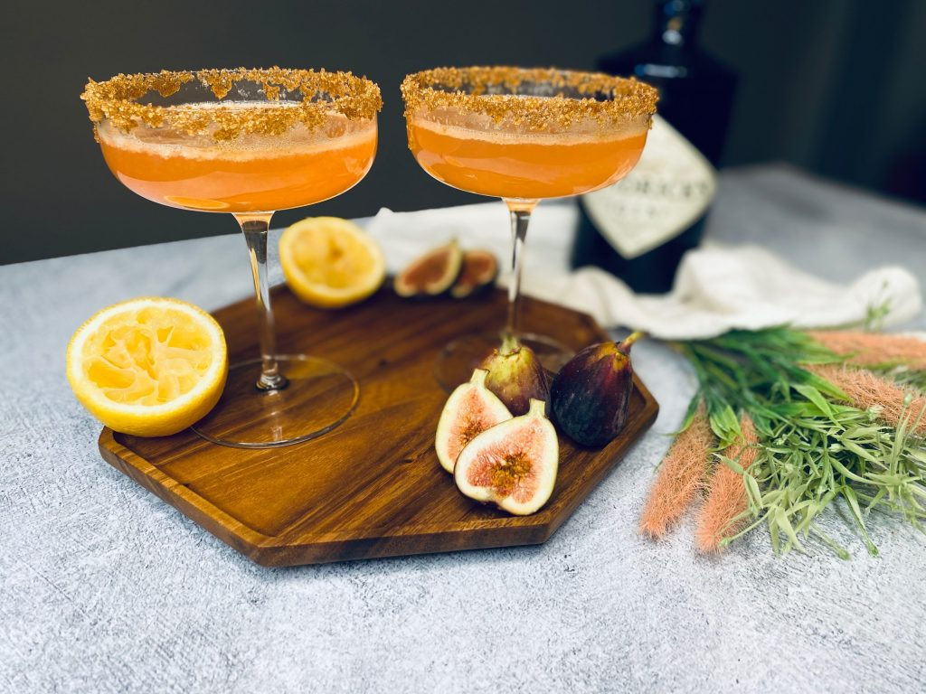 Two glasses with vanilla fig gin cocktails